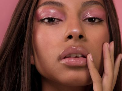 A session on perfecting the Glossy Make-up Look | Beauty Experiences by BWT
