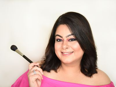 Join an amazing and informative online beauty and makeup session | Beauty Experiences by BWT