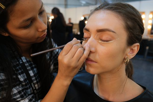 Acquire make-up tips from our online beauty session | Beauty Experiences by BWT
