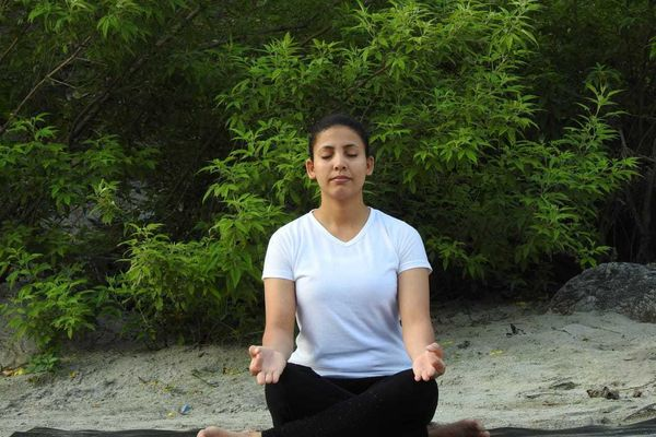 Best Online Yoga classes for weight loss   Yoga Experiences by BWT Experiences