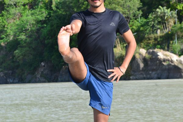 Power Yoga   1 Hour Daily Online Yoga Session