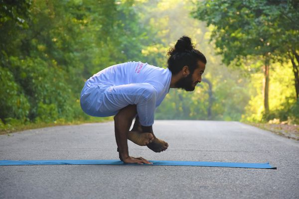 Online Yoga for Advanced Yoga Poses | Yoga Experiences by BWT Experiences
